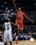 Tyrus Thomas Autographed Chicago Bulls 8x10 Photo