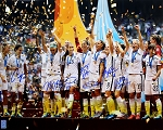USA Women's Soccer Team Autographed 2015 World Cup Celebration 16x20 Photo