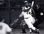 Hank Aaron Autographed Atlanta Braves 16x20 Photo