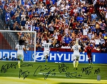 USA Women's Soccer Team Autographed 2015 World Cup Goal Celebration 16x20 Photo
