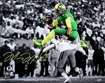 Marcus Mariota Autographed Oregon Ducks Leaping 16x20 Photo