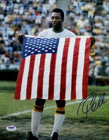 Pele Autographed New York Cosmos Holding USA Flag 11x14 Photo