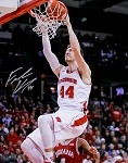 Frank Kaminsky Autographed Wisconsin Badgers Slam Dunk 16x20 Photo