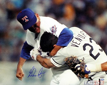 Nolan Ryan Autographed Texas Rangers Ventura Fight 16x20 Photo